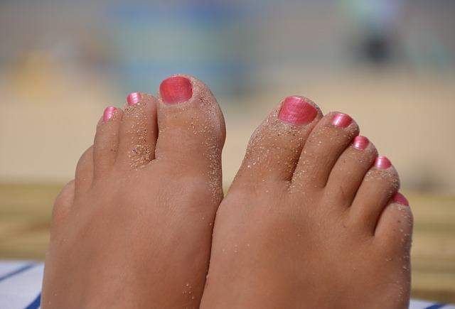 feet-657207_640