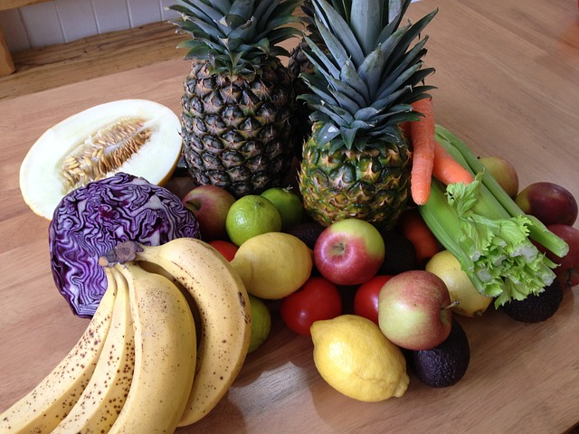 fresh-fruit-and-vegetables-851967_640
