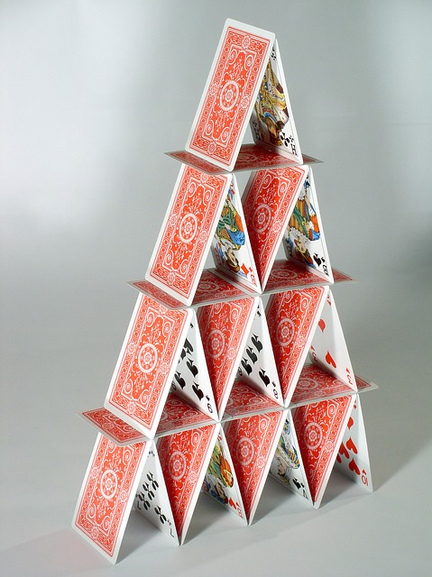 house-of-cards-763246_640