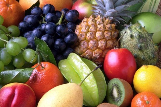 fruits-82524_640
