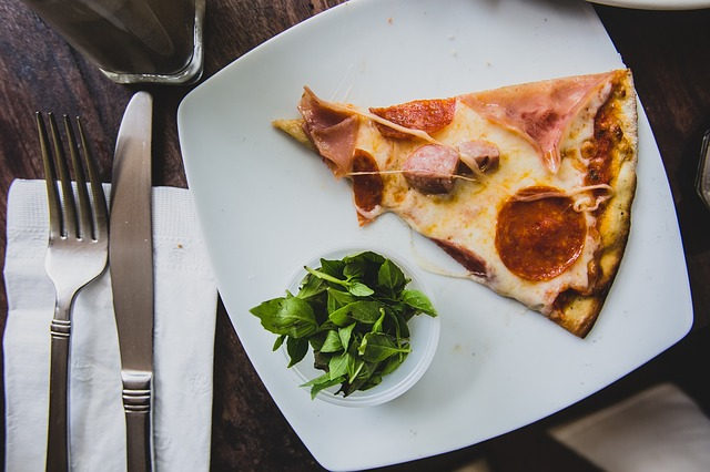 pizza-918561_640