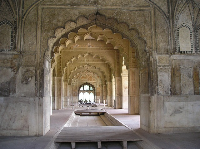 red-fort-delhi-584924_640