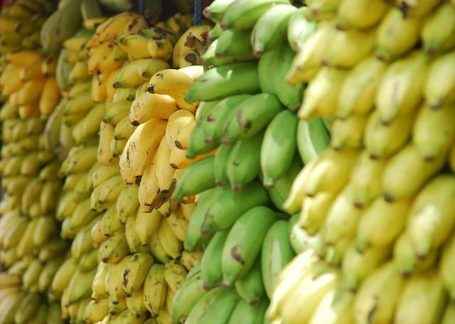 bananas-691856_640