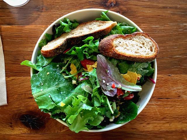salad-926809_640