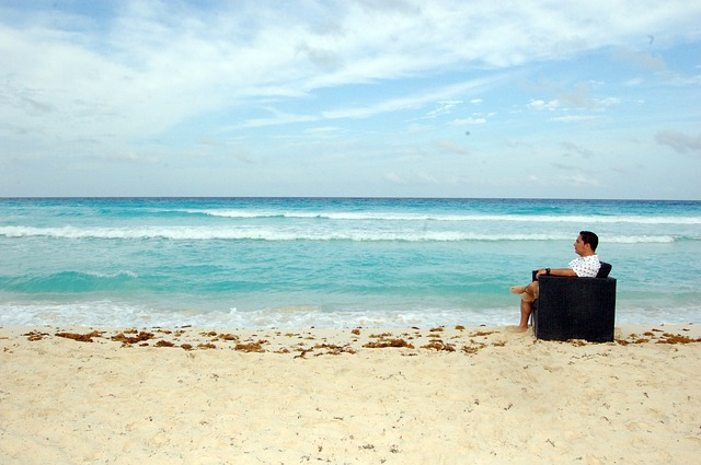 beach-880029_640
