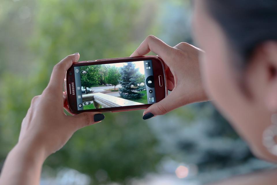 smartphone-570511_960_720