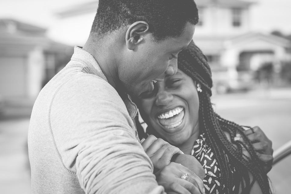 A ciência diz que você deve abraçar oabraço